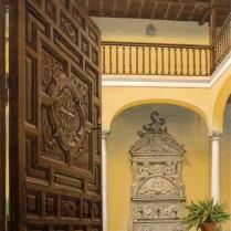 30 - Zaguán (Casa de los Condes de Arco),  44 x 27